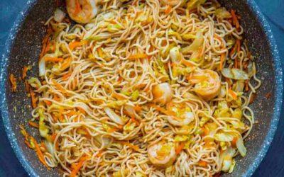 Macarrão Slim Pasta frita com camarão